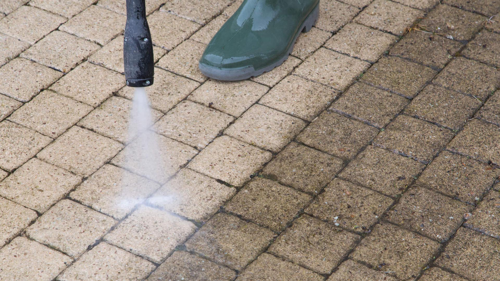 X stream pressure washing in walton on thames for for Terrasse english