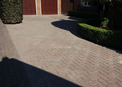 pressure-washing-in-walton-on-thames-surrey16