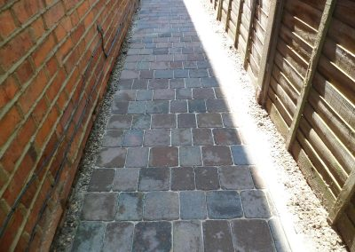 pressure-washing-in-walton-on-thames-surrey17