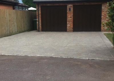 pressure-washing-in-walton-on-thames-surrey20