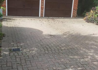 pressure-washing-in-walton-on-thames-surrey21