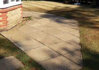 pressure-washing-in-walton-on-thames-surrey26
