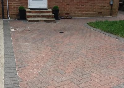 pressure-washing-in-walton-on-thames-surrey4