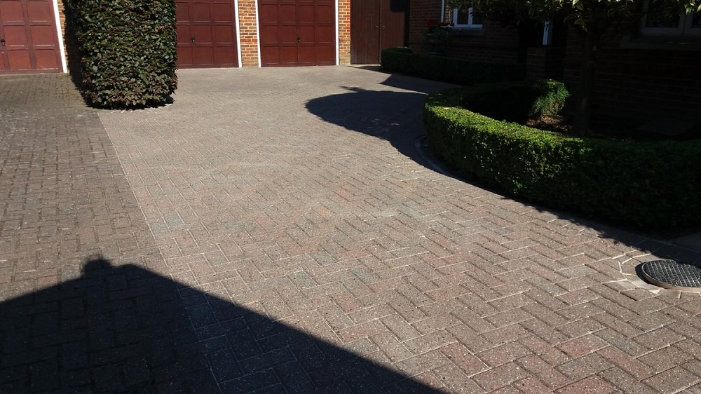 Invest In Driveways Sealing Service In Hampton And Enhance Their Durability